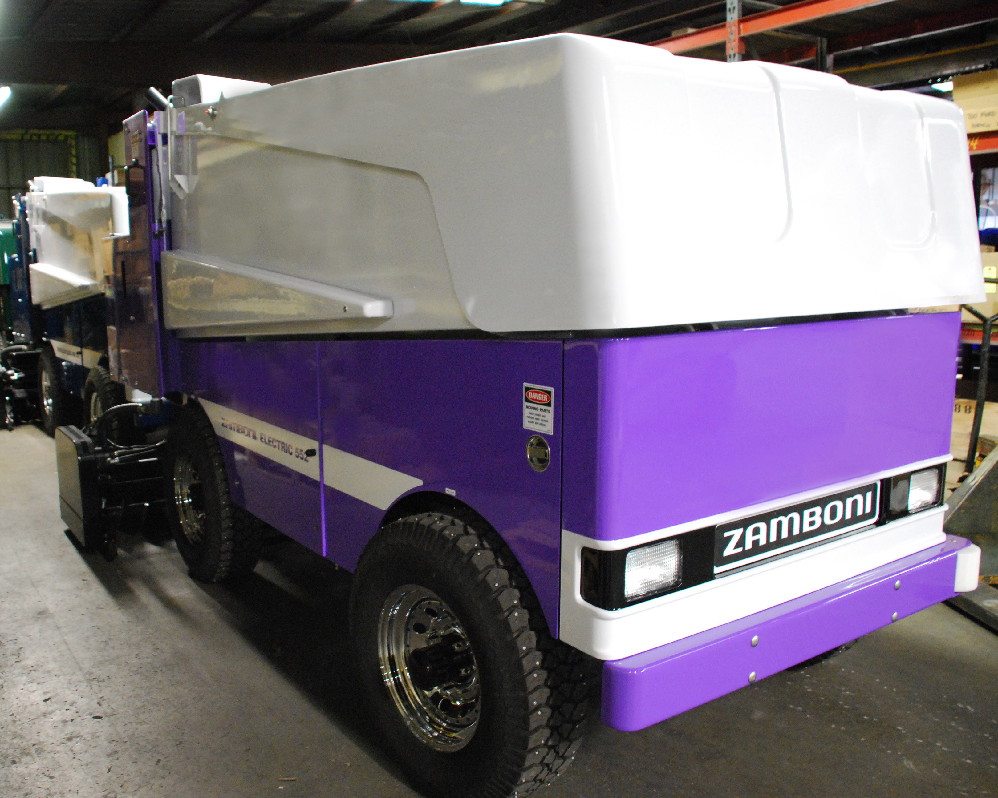 Model 552 Electric Zamboni