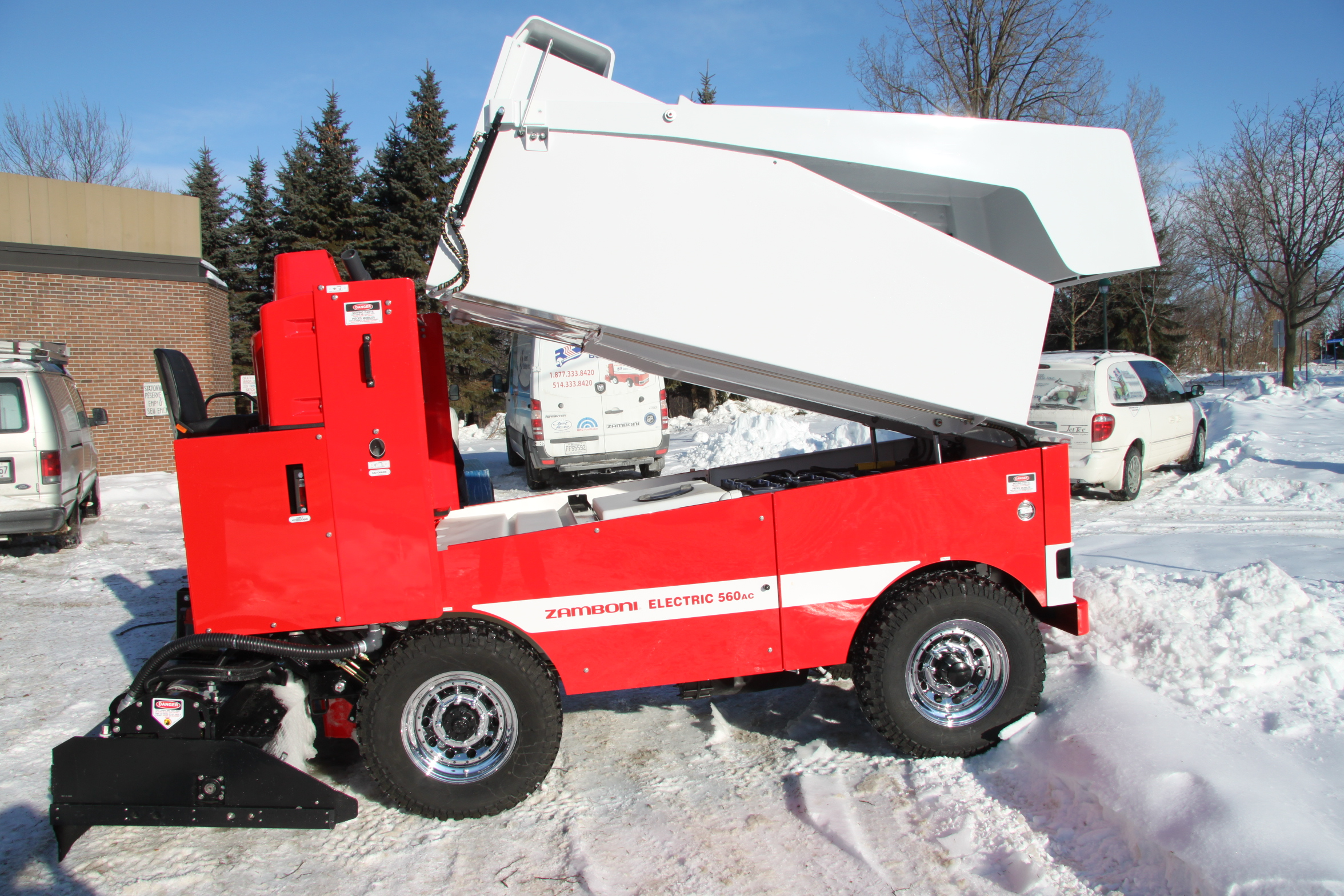 Zamboni For Sale >> Model 560AC Electric | Zamboni